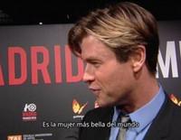 Chris Hemsworth alaba a Elsa Pataky en Madrid: